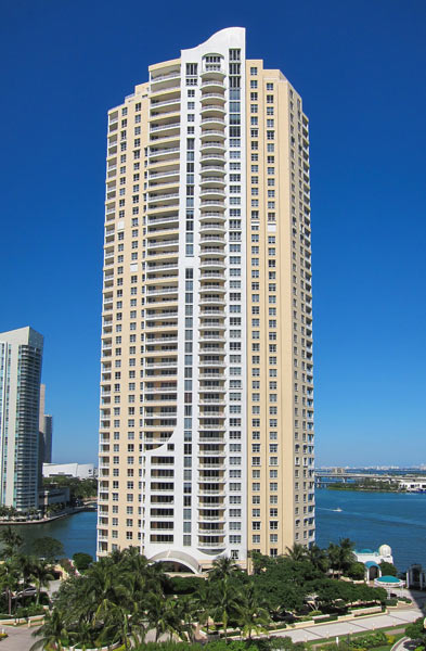 848 brickell key drive real estate